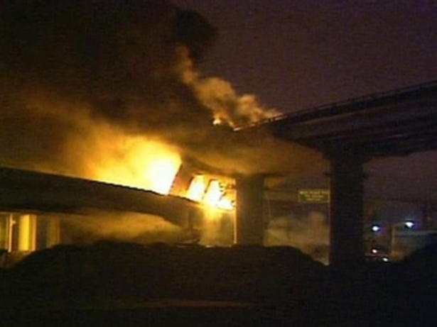 San_francisco_bridge_collapse_fire_