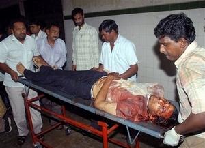 Victim_of_india_bombing_2007825