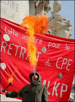 France_fire_eater_2